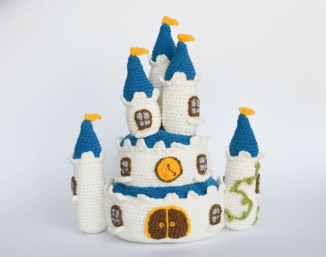 Krawka: Disney Proncess Castle crochet pattern by Krawka