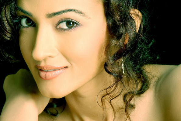 Suhasi Dhami photography and hot images