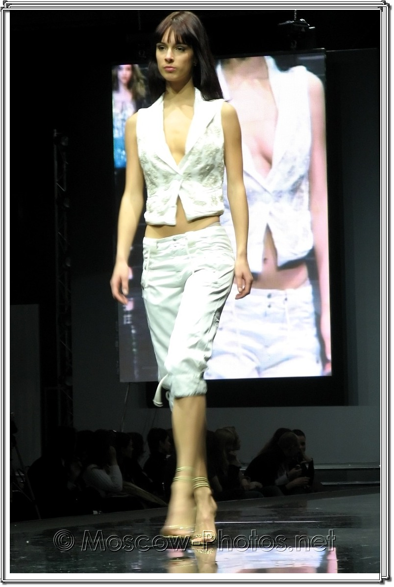 Sexy Olga Alekseeva at Moscow Fashion Expo - 2007