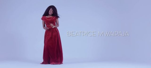 Beatrice Mwaipaja - Dhahabu Video