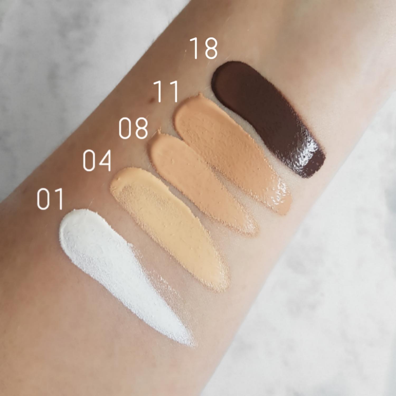 Swatches of Illamasqua Skin Base Foundation