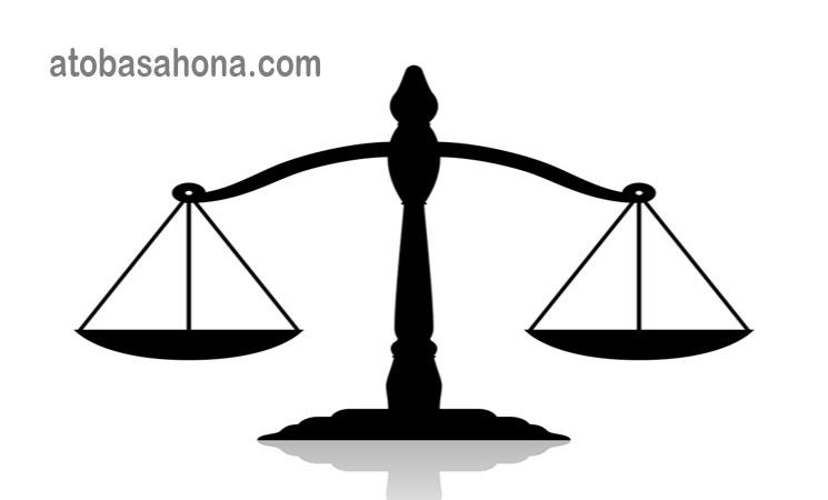 Peran Hukum Dalam Demokrasi