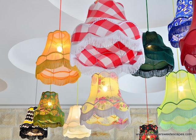 Enab Beirut Dubai ceiling lamps