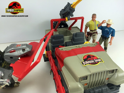 jurassic park jeep tracker with dino damage
