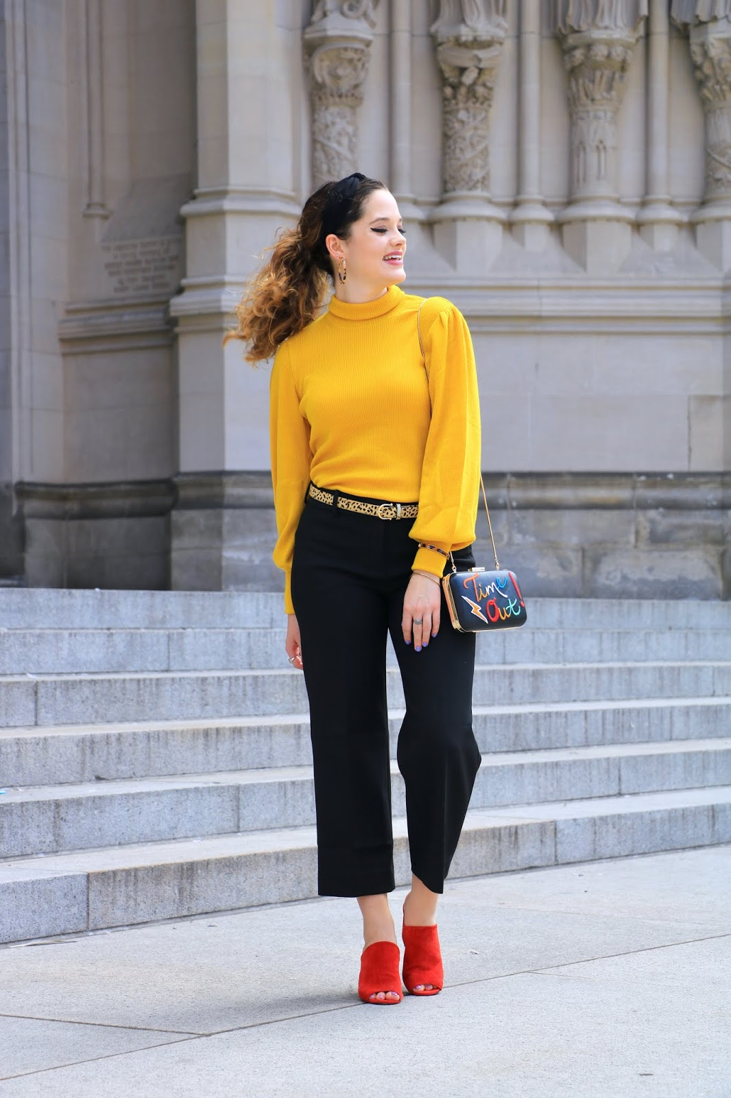 Nyc fashion blogger Kathleen Harper wearing wide-leg pants