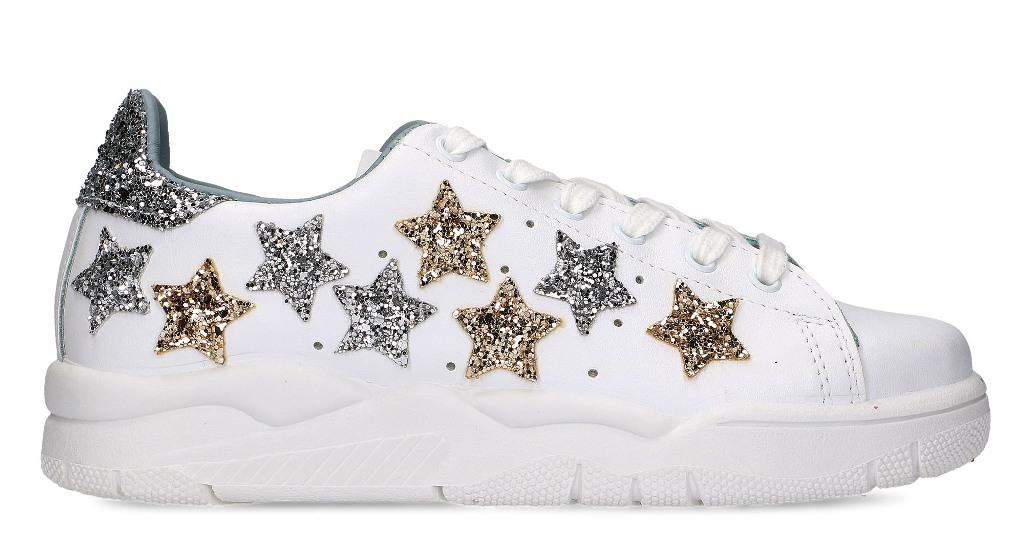 76ed157b6b11 Chiara Ferragni Collection sneakers Roger a soli 135 euro su  massaboutique.com