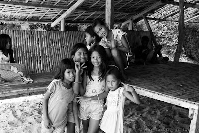 Enfants-Inapupuan-Island-Linapacan-Philippines
