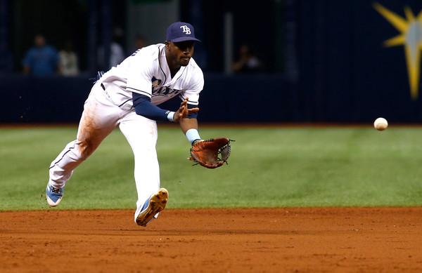 Los colegas del Diario de Cuba han hecho un análisis de los cubanos en la MLB y hoy arrancan con el torpedero Adeiny Hehchavarría