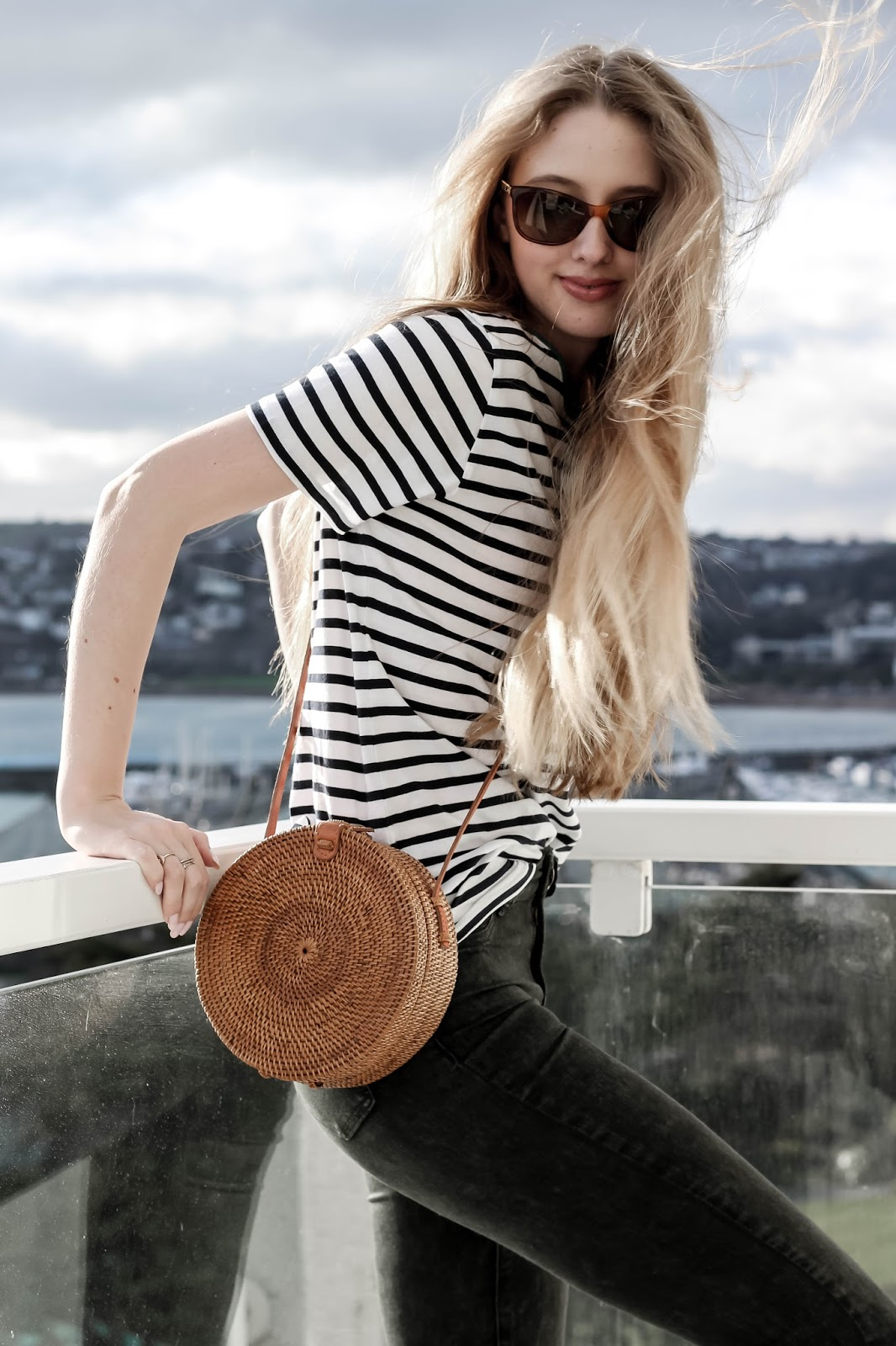 How to Style Circle Straw Crossbody Bag for Spring