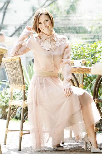 Costuras e Reformas em Geral - Como ser elegante ao se vestir?