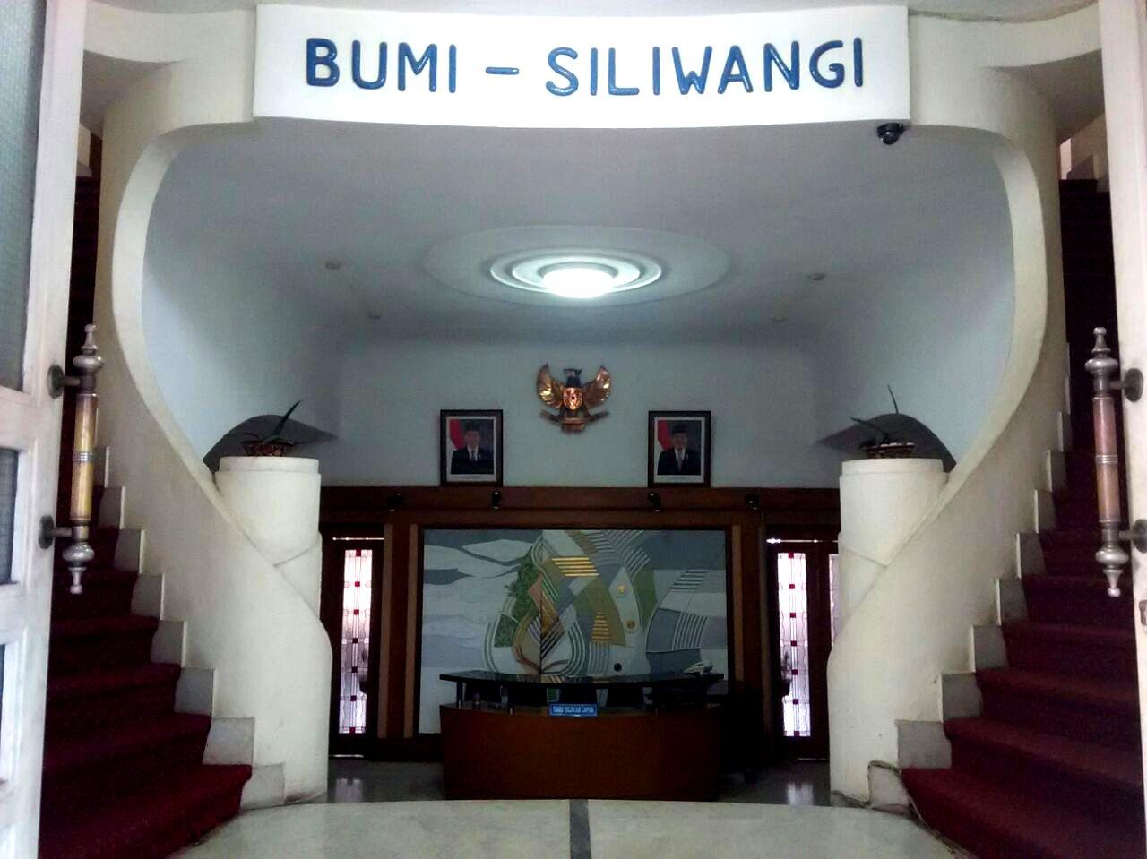 https://4.bp.blogspot.com/-zn_JH1VEGBs/V0wtEEEJC-I/AAAAAAAABV0/9MDBn5WeW8kLCV6h1lRcjmGel_FNZUNbACLcB/s1600/IndonesiaSand-Isola6.jpg