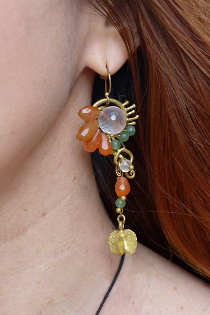 Sime precious stones earrings