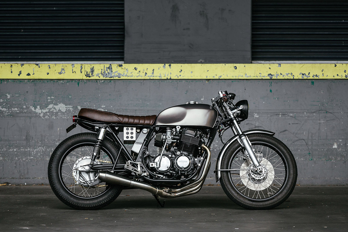 Favori First Timer - Honda CB750 Cafe Racer | Return of the Cafe Racers VS51