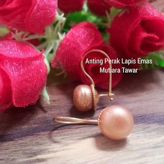 Anting Perak Lapis Emas Mutiara Lombok