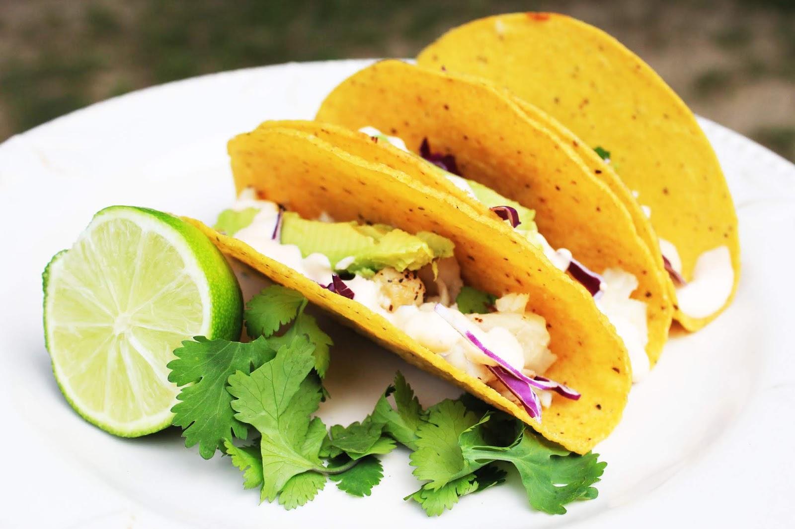 Joshua 39 s girl taco tuesday fish tacos with garlic lime aioli for Fish taco aioli