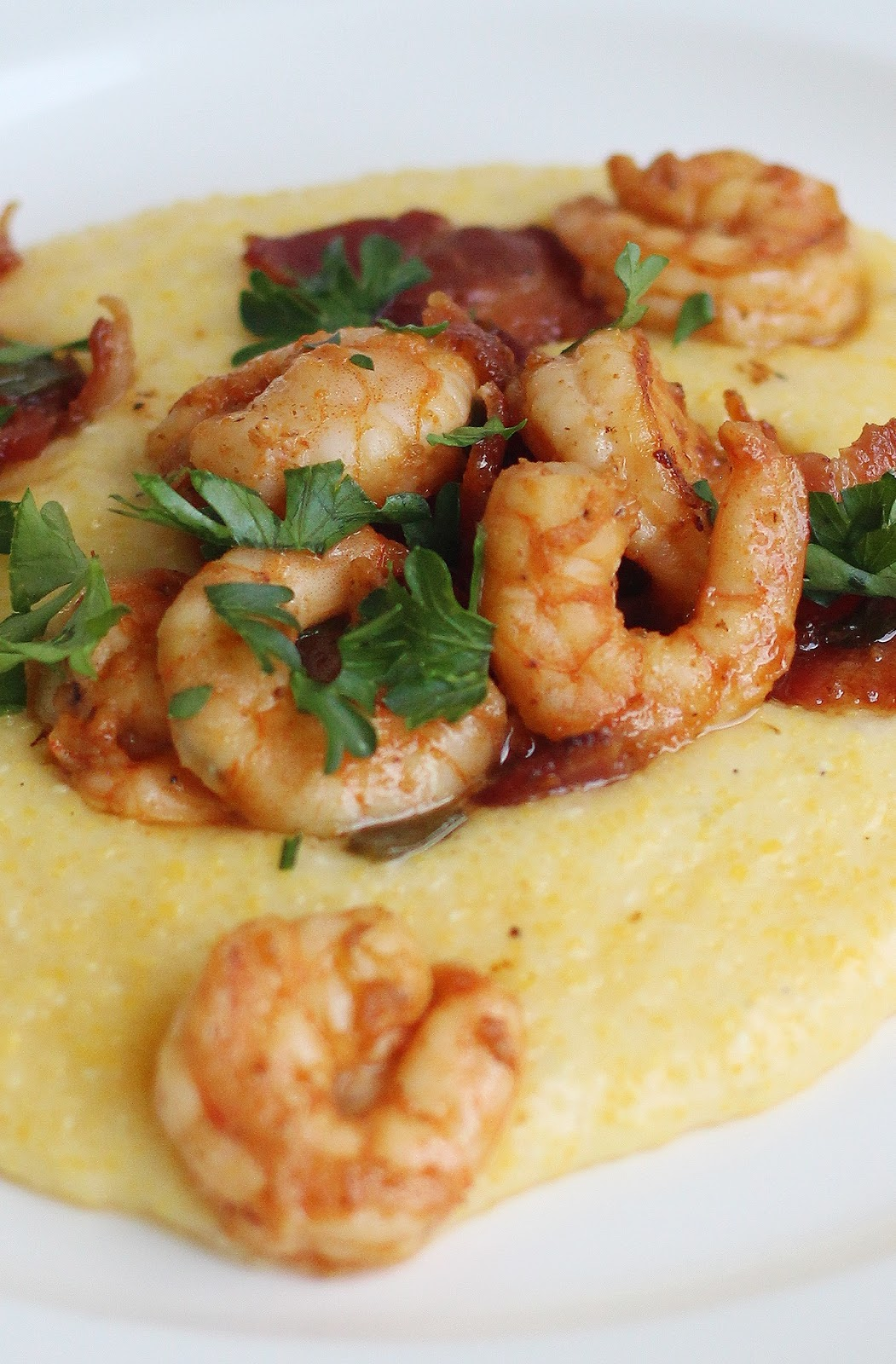 Shortcut Shrimp and White Cheddar Grits