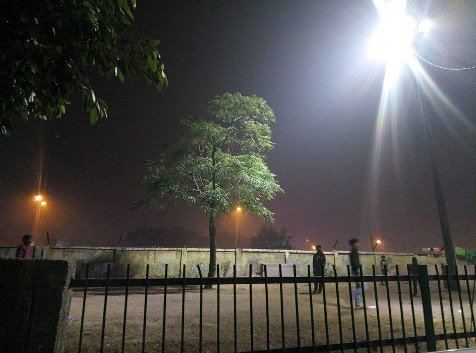Panasonic Eluga i9 camera night light samples