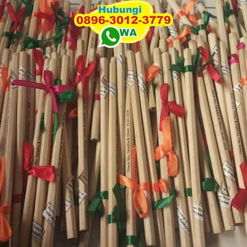 souvenir pensil warna 52828