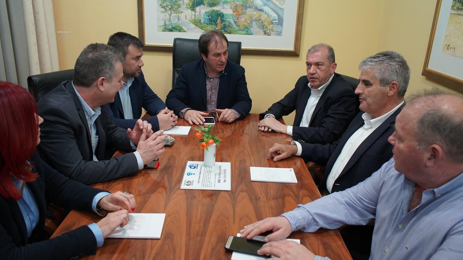 Συνάντηση Προέδρου Περιφερειακού Συμβουλίου στο Επιμελητήριο Λάρισας