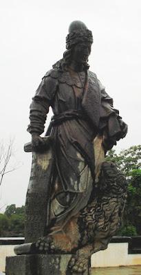 Escultura do Profeta Daniel em Pedra Sabão
