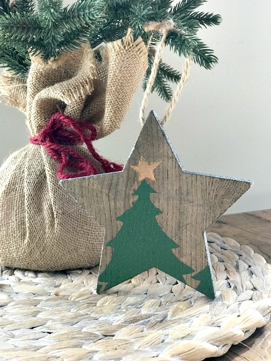 Stenciled Wooden star ornaments for Christmas