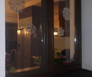 serwety na szydełku na okna