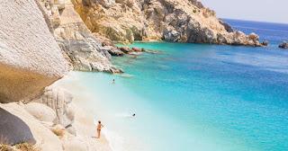 Μαγευτική Ικαρία: Το ελληνικό νησί που ζεις χωρίς ρολόι, άγχος και ταλαιπωρία