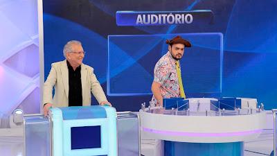 Carlos Alberto e humorista Matheus Ceará - Crédito: Lourival Ribeiro/SBT