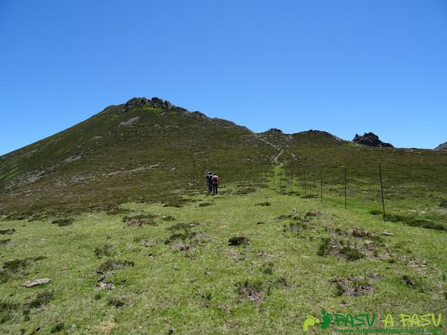 Ruta al Tres Concejos y Estorbin: Recorriendo la Sierra del Cuadro