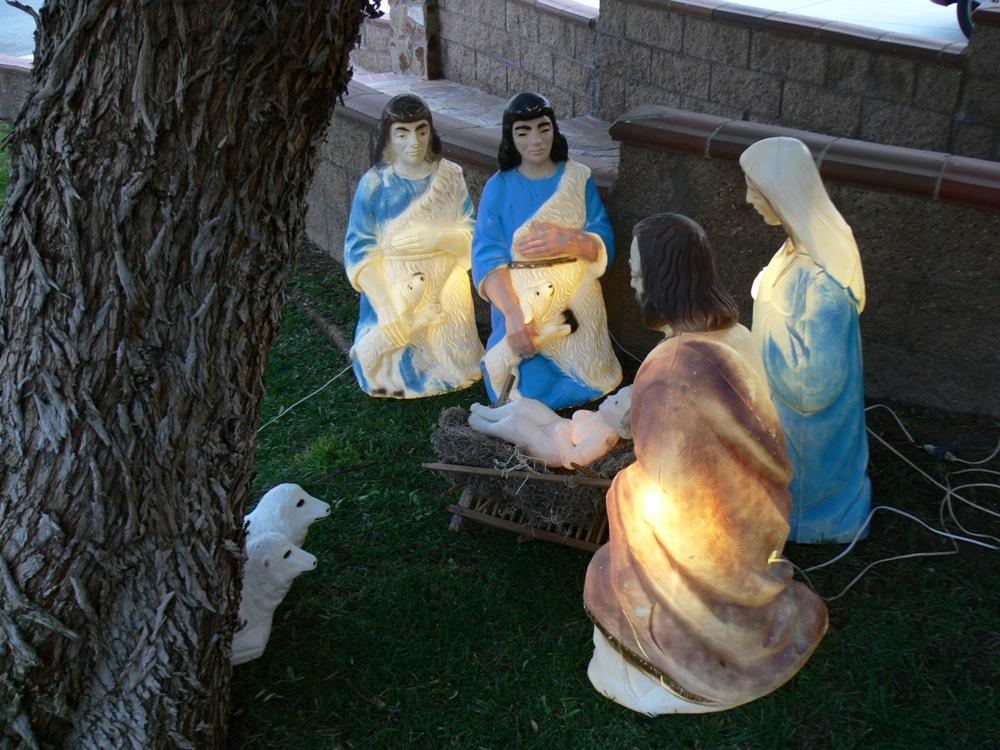 from Brayden gay lawn ornaments