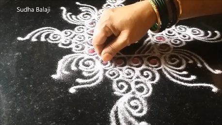 simple-spiral-rangoli-185ai.png