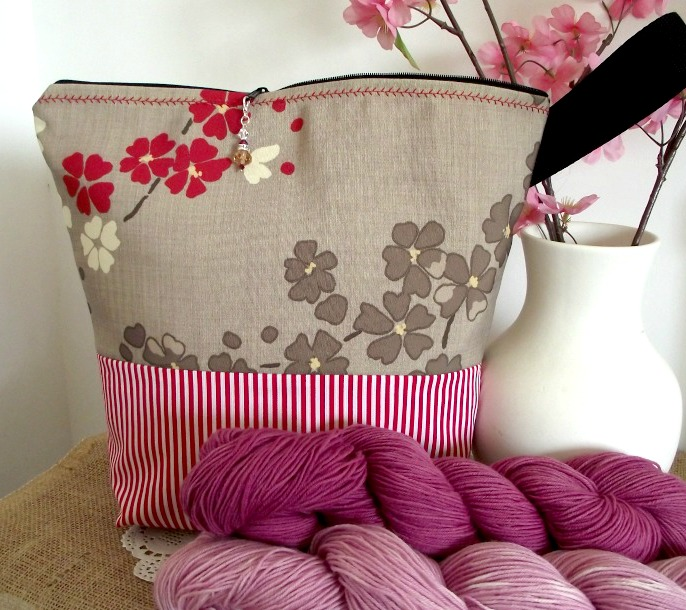 Shop my new Knitting Project Bags!
