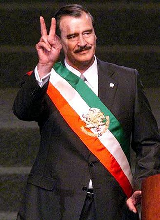 Viviendo la Historia de México: ¡ Auf wiedersehen, PRI