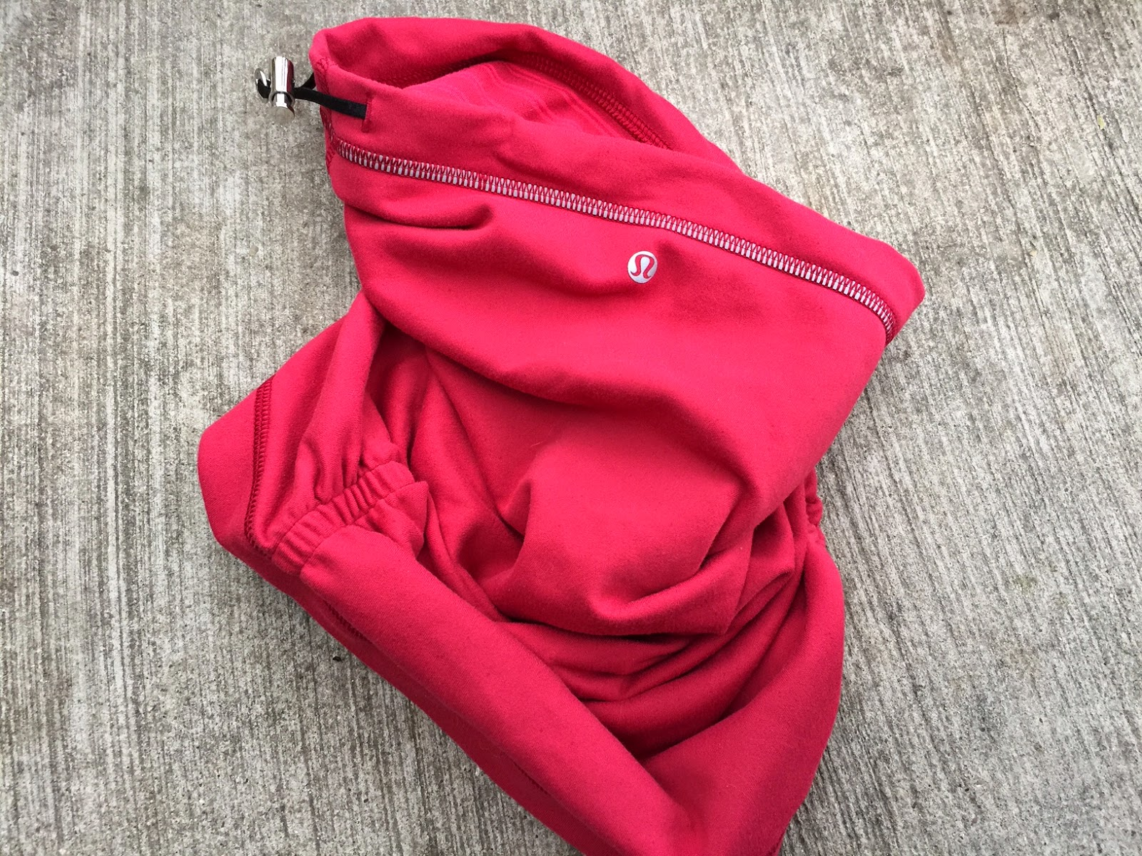 51af978d Runnergirl Training: Product Review - Lululemon Run With Me Neck Warmer