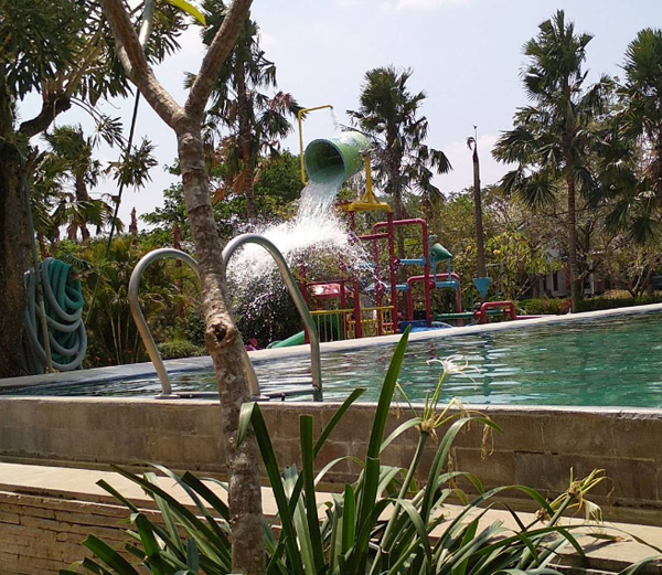 The Peak View Waterboom and Resto