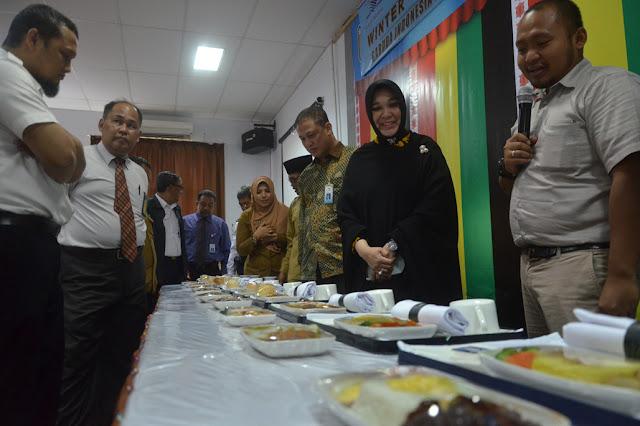 Ooo..Makanan di Garuda Indonesia  Bikinan SMKN 3 Banda Aceh