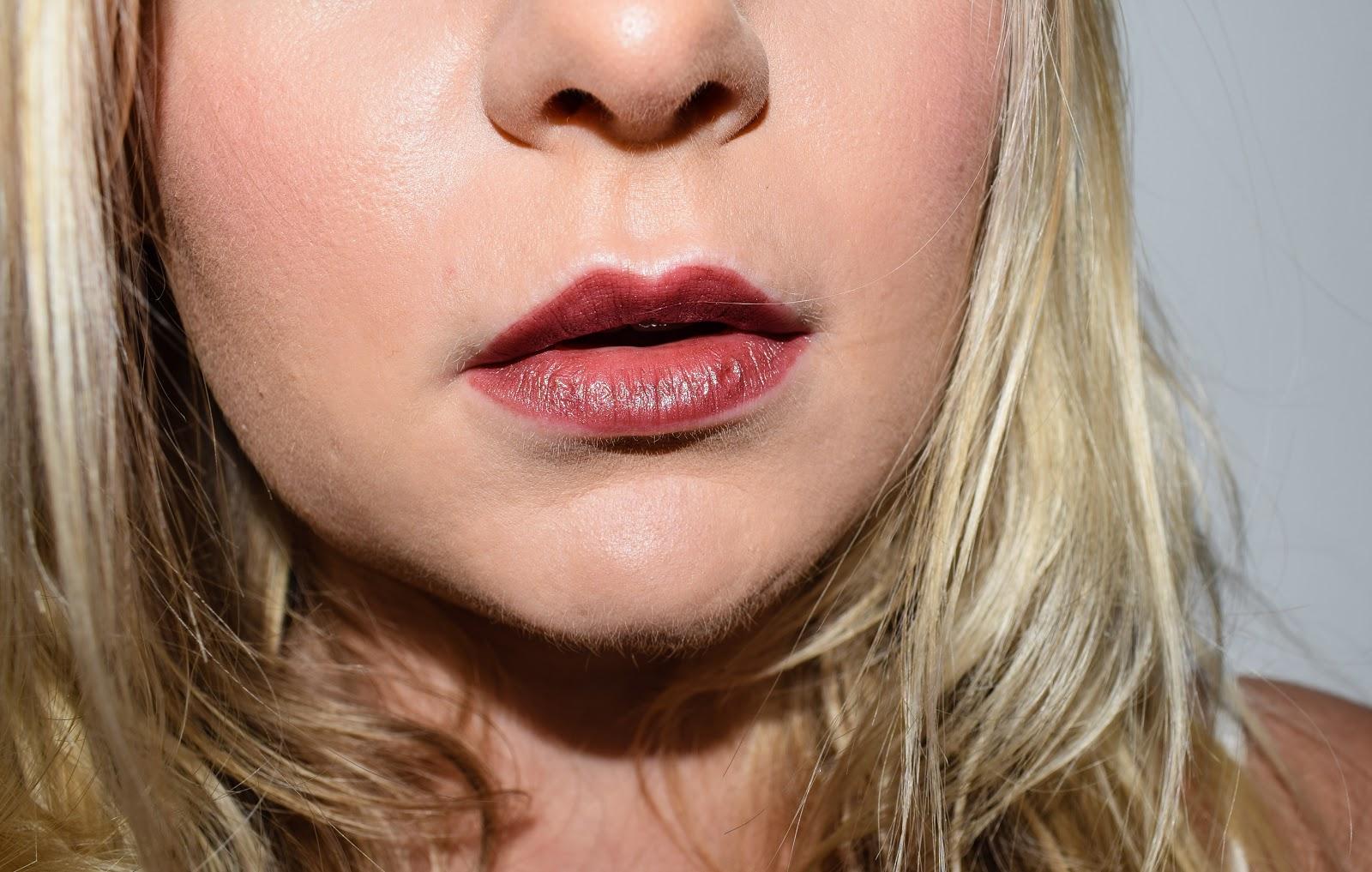 Claire Durrant Urban Decay Vice Metallized Lipstick - Amulet