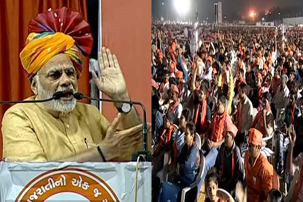 pm-narendra-modi-call-to-finish-congress-from-every-booth-gujarat