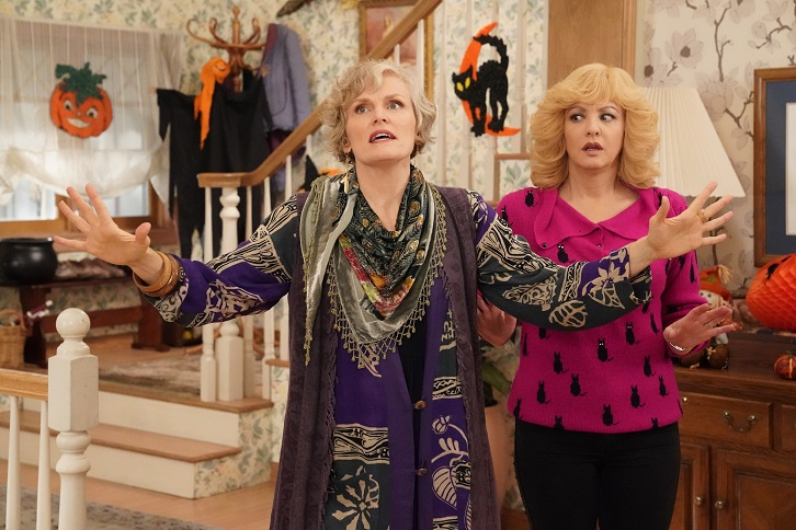 The Goldbergs - Episode 7.06 - A 100% True Ghost Story - Promotional Photos + Synopsis