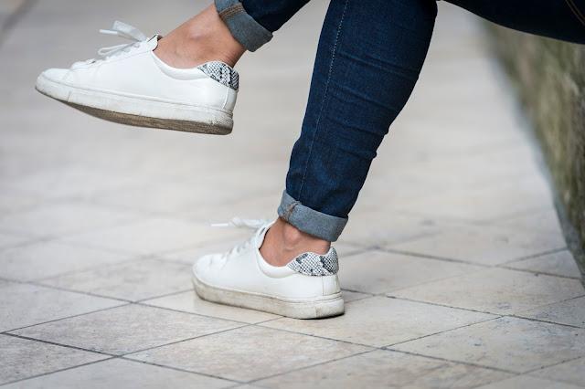 baskets blanches H&M Look blog bordeaux