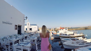 Smoothie-bikini-guide-greece-visit-island-cyclades-paros-naoussa-16