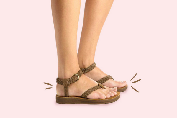 Sandal dan Sepatu Seperti ini Tidak Boleh Dipakai Ibu Hamil, Lantas Bagaimana yang Boleh?