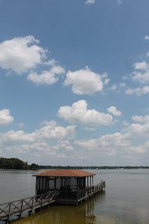 El lago Ariane