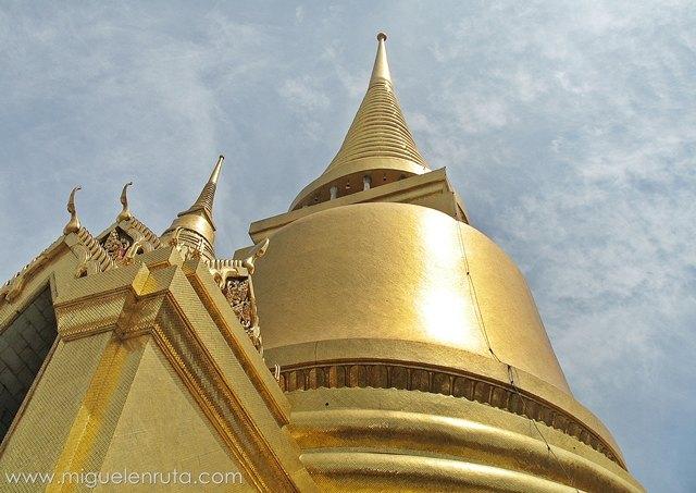 Phra-Si-Rattana-Chedi