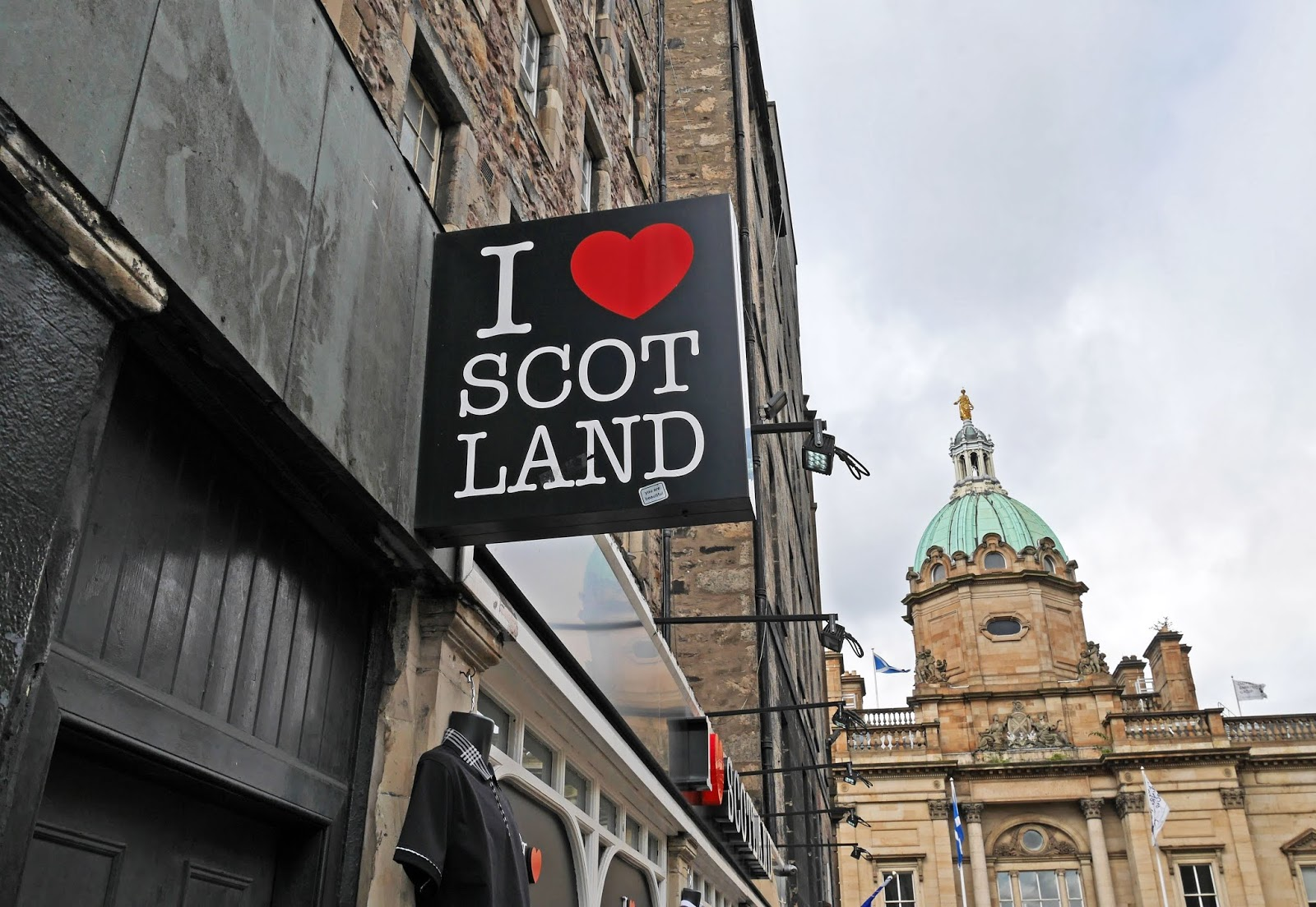 I heart Scotland sign near the Royal Mile, Edinburgh
