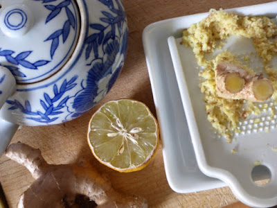 Ingwer (gerieben), Zitrone, Tee