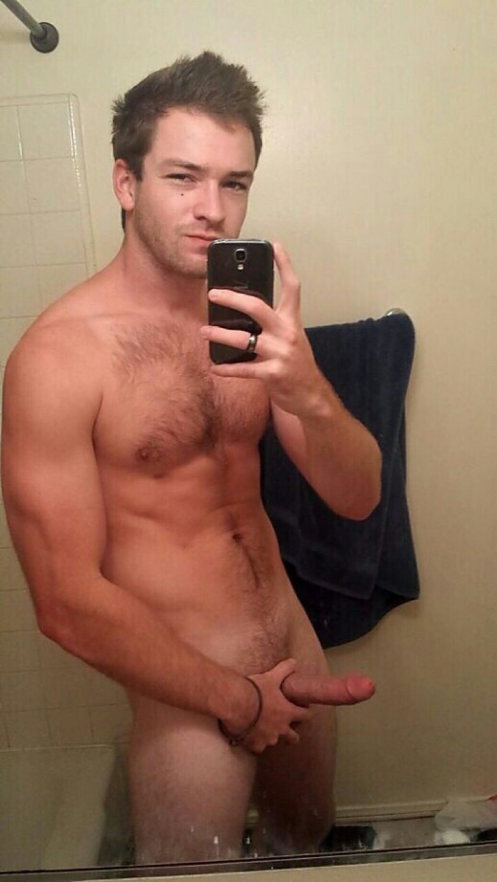 self-nude-pics-hot-men