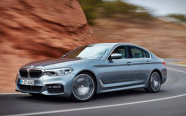 2017 BMW G30 5 Series 530i, 540i and 540d Review