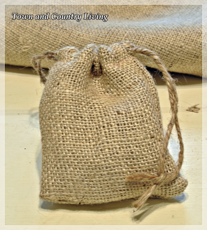 How to make little burlap bags town country living Burlap bag decorating ideas