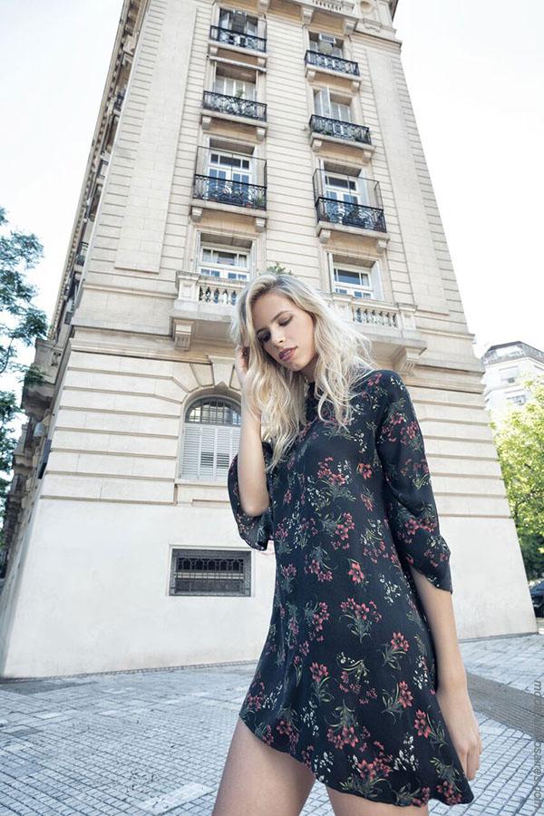 Moda otoño invierno 2018 ropa de moda mujer vestidos.